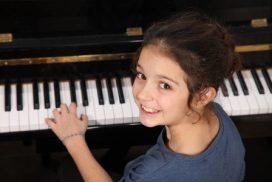 Klavierunterricht Kassel, Klavierlehrer Kassel, Klavierlehrerin, Klassik, Jazz, Rock, Pop, Alle Stilrichtungen